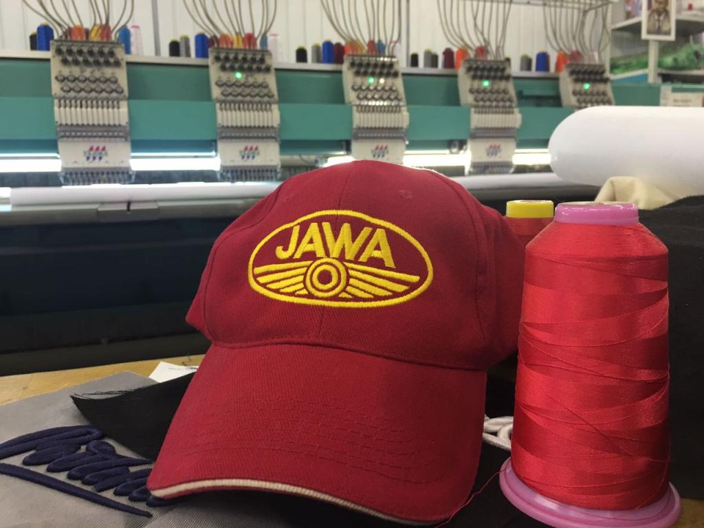 Кепка Jawa Красная